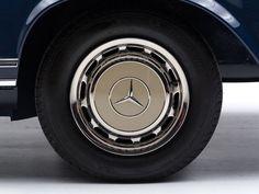 Car Porn: 1968 Mercedes-Benz 280 SL 'Pagoda' | Airows