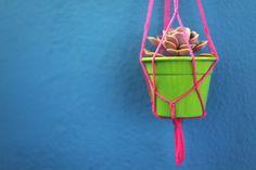 DIY Como fazer um pendurador de vasos | via Casa de Firulas