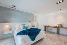 Luxury Villa in Moraira by Laura Yerpes