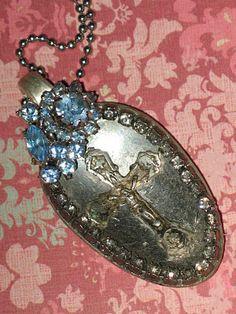 Artsy Fartsy: Vintage jewelry
