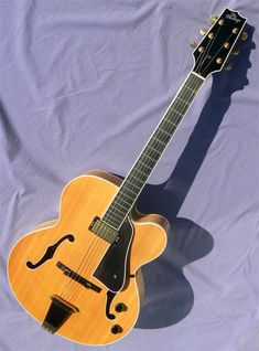 2003 Heritage Eagle Classic Classic Jazz, Archtop Guitar, Jazz Guitar, Guitar Building, Cool Things To Buy, Eagle, Cool Stuff To Buy