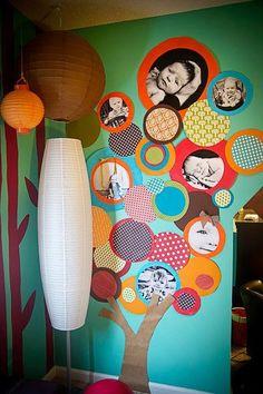 Mural de fotos e uma graça na decoração!