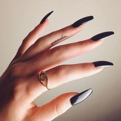 drinks, fashion, girl, black, nails, nail art, jewellery, hand
