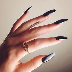 drinks, fashion, girl, black, nails, nail art, jewellery, hand