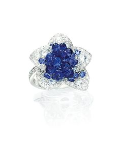 Cellini Jewelers Briolette Blossom Collection. Blue Sapphire Briolette Blossom Ring