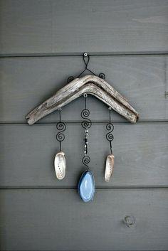 Fantasztikus ötleteket mutatok arra, hogy fadarabokból, kagylókból, milyen lakáskiegészítők készíthetők. Némelyik már kész műalkotás.
