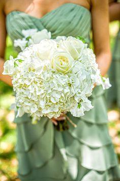 Timeless & Elegant Flowers Wedding Flowers Photos on WeddingWire