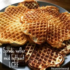 Calorie in cialde Keto Lunch Snacks, Healthy Snacks, Waffles, Keto Recipes, Cooking Recipes, Keto Waffle, Low Carb Sweets, Everyday Food, Lchf