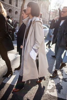 They Are Wearing: Paris Fashion Week Fall 2016 [PHOTOS]   WWD