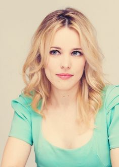 Rachel McAdams.  Such a sweet face...   Not that I have a secret crush on her or anything.