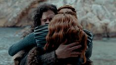 Jon & Sansa 🖤 they only clashed in season 8 because she was looking out for him Game Of Thrones Screencaps, Game Of Thrones Tv, Winter Is Here, Winter Is Coming, Best Series, Tv Series, Morgana Le Fay, Medici Masters Of Florence, The North Remembers