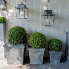 Tapered Planters - A Place in The Garden Decorex2015news #Decorex2015 #DecorexNew #MakingLuxury See more: http://www.brabbu.com/en/news-events/?s=decorex+2015+news