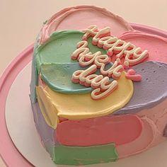 """전주쥬쥬케이크🎂 on Instagram: """"ㆍ natural!"""" Pretty Birthday Cakes, Pretty Cakes, Beautiful Cakes, Amazing Cakes, Cake Birthday, Birthday Cake Decorating, Happy Birthday, Mini Cakes, Cupcake Cakes"""