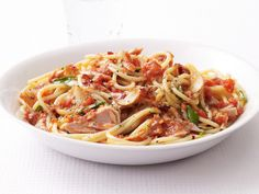 Spaghetti With Spicy Tuna Marinara Sauce from #FNMag #myplate #veggies #protein #grains