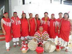 Surinaamse  indianen  in klederdracht