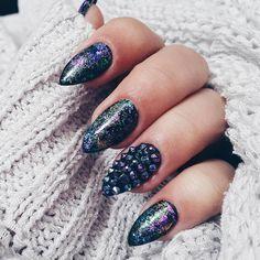 """ #new #nails #semilac #ilovesemilac #swarovski #scarabeus #stiletto #perfect #hybridmani #style #hybridmanicure #manimani #diy #goodday #loveit #beauty…"""