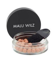 Malu Wilz Bronzing Pearls 25g Puder / rumenilo koje daje brončani izgled licu, savršen za preplanulu put koju ističe prirodnim sjajem. 164,00 kn