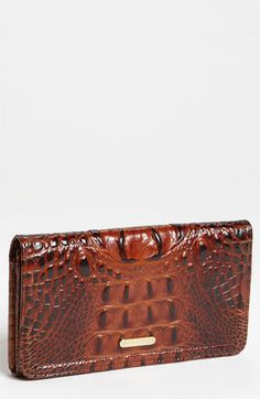 Cant have a Brahmin bag without the matching wallet :)