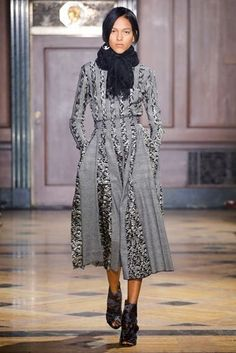 Sophie Theallet Fall 2016 Ready-to-Wear Collection Photos - Vogue Fall Fashion 2016, Fashion Show, Autumn Fashion, Fashion Design, Backstage, Sophie Theallet, Vogue, Couture Collection, Couture Dresses