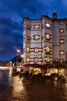 The beautiful Ottoburg Restaurant ~ Innsbruck Austria
