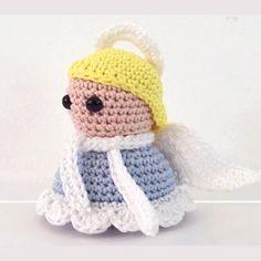 Little crochet angel toy (free amigurumi pattern) How To Make Snow, Minion, Christmas Diy, Crochet Hats, Crafty, Sewing, Toys, Pattern, Free