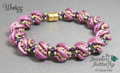 Crescent. Bead bracelet