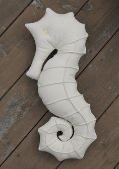 Мягкая игрушка морской конек: выкройка и мини мастер класс по шитью