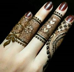 Explore latest Mehndi Designs images in 2019 on Happy Shappy. Mehendi design is also known as the heena design or henna patterns worldwide. We are here with the best mehndi designs images from worldwide. Henna Hand Designs, Dulhan Mehndi Designs, Mehandi Designs, Mehndi Designs Finger, Mehndi Design Pictures, Mehndi Designs For Beginners, Unique Mehndi Designs, Beautiful Henna Designs, Mehndi Designs For Fingers