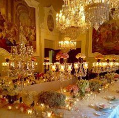 Elegantérrimo este jantar de casamento no inverno florentino...