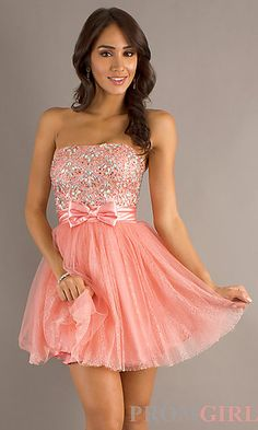 So I kind of am obsessed with posting cute prom dresses... AND MY NEW FAVE COLOR IS CORAL PINK AND MINT GREEN!!! CORAL PINK IS PERFECT