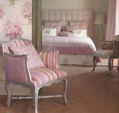 SHOWROOM RIGHI   tende per interni, da sole, pergole, tappezzeria, tessuti, tendaggi, parquet e moquette