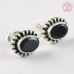 BLACK ONYX STONE FANCY DESIGN 925 STERLING SILVER STONE STUDS JEWELRY ST5694 #SilvexImagesIndiaPvtLtd #Stud