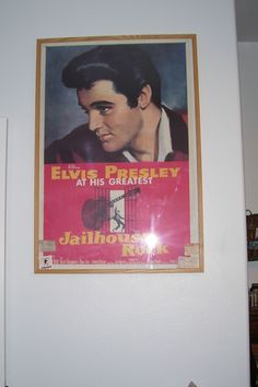 Elvis walls 10