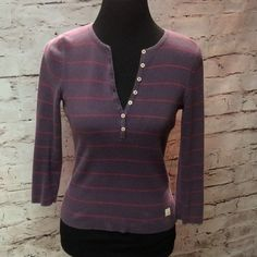 AMERICAN EAGLE 3/4 SLEEVE HENLEY STYLE SWEATER Plum cute with stripes and 3/4 sleeves. No holes or stains American Eagle Outfitters Sweaters