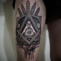 tattoo by Alex Tabuns. via instagram