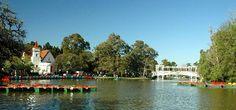 Buenos Aires, Argentine : BOSQUES DE PALERMO, poumon de la ville, conçu par le paysagiste français Charles Thays qui s'est inspiré du bois de Boulogne.