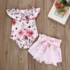 Baby Floral Bodysuit and Striped Shorts Set Baby Floral Bodysuit and Striped Shorts Set - Cute Adorable Baby Outfits Newborn Girl Outfits, Kids Outfits Girls, Toddler Outfits, Toddler Girls, Baby Girl Fashion, Kids Fashion, Floral Bodysuit, Baby Bodysuit, Floral Romper