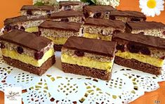 Fincsi receptek: Fantázia szelet Dessert Bars, Dessert Recipes, Torte Cake, Hungarian Recipes, Cake Cookies, Muffin, Food And Drink, Sweets, Healthy Recipes
