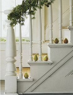 Fall is coming, try one of these 50 Unique Fall Staircase Decor Ideas that could help to have a Unique Fall Staircase Décor for a non-traditional look. Christmas Stairs, Green Christmas, 12 Days Of Christmas, Country Christmas, Simple Christmas, Christmas Ideas, Christmas Colors, Christmas Inspiration, Merry Christmas