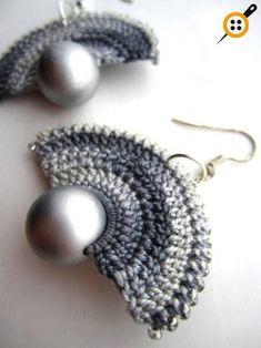 Knitting Earrings Models - 67 Must Knit Earrings - Mesh earring patterns - Crochet Earrings Pattern, Crochet Jewelry Patterns, Crochet Accessories, Crochet Jewellery, Beaded Earrings, Beaded Jewelry, Handmade Jewelry, Quilling Earrings, Shell Earrings