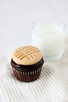 Chocolate Cupcakes with Peanut Butter Cookie Frosting – Sweet Savory Life Cookbook {Giveaway} | Annie's Eats
