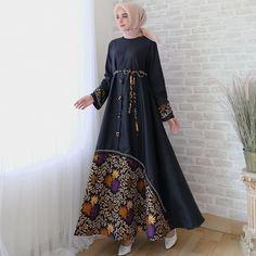 Party Gamis Models For Fat Women Modern Hijab Fashion, Batik Fashion, Islamic Fashion, Muslim Fashion, Style Fashion, Dress Muslim Modern, Muslim Dress, Model Dress Batik, Batik Dress