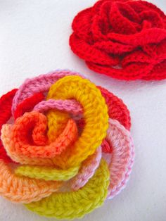Loopy Rose... I bought this pattern from Sarah London's blog, here: sarahlondon.wordpress.com