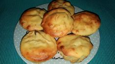 Brioșe cu ricotta, porumb și măsline Ricotta, Muffin, Potatoes, Cupcakes, Vegetables, Recipes, Food, Bebe, Cupcake Cakes