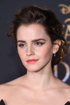 Emma Watson begrijpt kritiek op haar blootfoto's niet