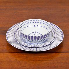 Italian Hand-Painted Blue & White Porcelain Dinnerware   Treillage