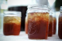 """""""I grew up where I could see the stars, drinking sweet tea from a mason jar.""""- Kellie Pickler <3"""