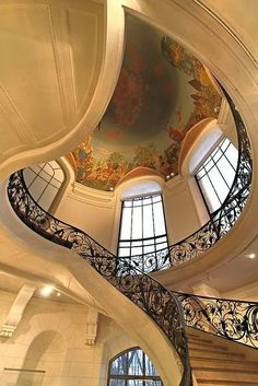 Petit Palais Paris, France. I love the staircase and painted ceiling <3