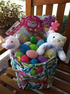 Easter baskets ideas ♥ www.mythirtyone.com/girlslovebags