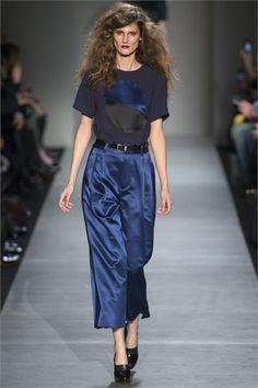 Toni del blu Sfilata Marc by Marc Jacobs New York - Collezioni Autunno Inverno 2013-14 - Vogue